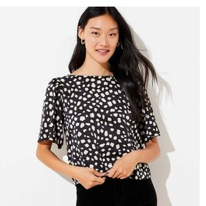NWT Crop blouse with bow back